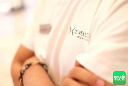 AnnA Uniforms may gia công áo thun đồng phục cho nhãn hàng trang sức Jewellery với chất liệu vải cao cấp.