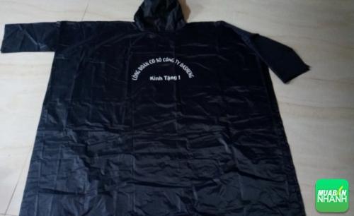 Mẫu áo mưa quảng cáo
