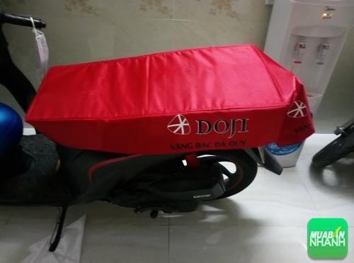 Sản xuất bao bọc yên xe máy chống nóng nhận diện thương hiệu cho cửa hàng, showroom, salon, ngân hàng, shop, công ty, 88, Huyền Nguyễn, MayGiaCongDongPhuc.com, 17/07/2019 12:03:12